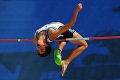 Aviram SHWARZBARD of Israel in action during the Boys High Jump final - Day Four - WYC Lille 2011 (Getty Images)