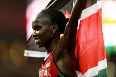 10,000m winner Vivian Cheruiyot at the IAAF World Championships, Beijing 2015 (Getty Images)
