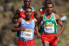 Zersenay Tadese shadowed by Kenenisa Bekele - Edinburgh 2008 (Getty Images)