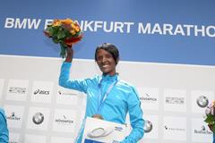 Aberu Kebede after winning the 2014 BMW Frankfurt Marathon (organisers / Victah Sailer)