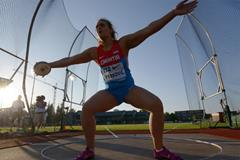 Sandra Perkovic on her way to setting a meeting record in the discus at the IAAF Diamond League meeting in Eugene (Kirby Lee)