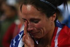 Jenn Suhr pole vault gold medal London 2012 ()