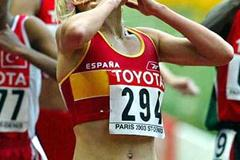 Marta Dominguez of Spain celebrates after her Bronze medal in Paris (Getty Images)