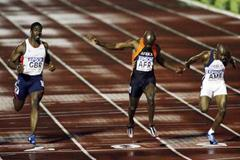 Uchenna Emedolu wins the men's 100m at the IAAF World Cup (Getty Images)