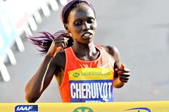 Vivian Cheruiyot wins the 2015 Great South Run (Mark Shearman)