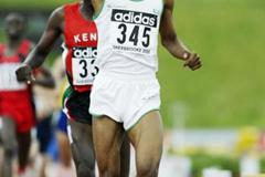 Mohammed Al-Salhi of Saudi Arabia wins the 800m (Getty Images)