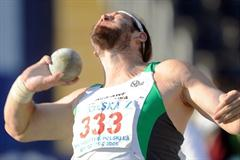 Tomasz Majewski puts 21.17m at the 2009 Polish Championships (Adam Nurkiewicz - Mediasport)