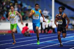Stephen Newbold strikes 200m gold for The Bahamas (Getty Images)
