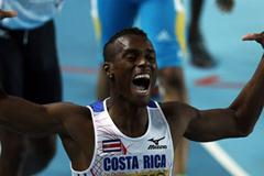 Nery Brenes of Costa Rica celebrates as he wins gold in the Men's 400 Metres Final during day two - WIC Istanbul (Getty Images)