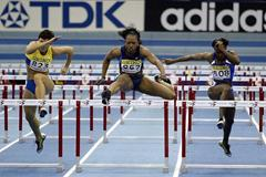 Gail Devers in action in the 60m hurdles final (Getty Images)