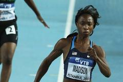 Tianna Madison of the United States and Chauzje Choosha of Zambia compete in the Women's 60 Metres first round during day two - WIC Istanbul (Getty Images)