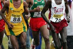 Men's race action Edmonton 2005 (Getty Images)