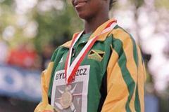 Veronica Campbell wins gold in Bydgoszcz (© Allsport)