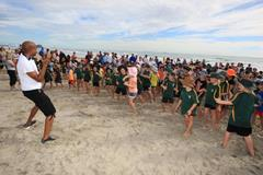 Mike Powell at the IAAF / Nestle Kids' Athletics event in Mt Maunganui , New Zealand (Athletics New Zealand)
