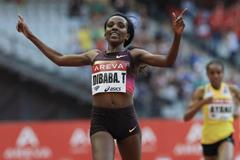 Tirunesh Dibaba sets a 5000m meeting record at the 2013 Paris Diamond League meeting (Jean-Pierre Durand)