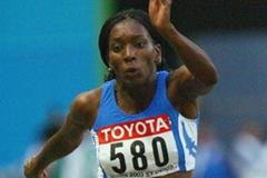 Magdelin Martinez of Italy wins bronze in the women's triple jump (Getty Images)