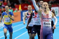 Pavel Maslak takes gold in the 400m at the European Indoor Championships (Getty Images)