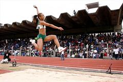 Keila Costa en route to her long jump title at the Brazilian championships (Marcelo Ferrelli/CBAt)