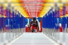 Dayron Robles at the start of his 110m hurdles semi final (Getty Images)