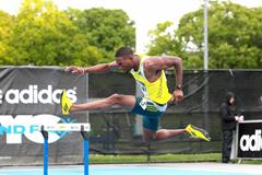 Michael Tinsley wins the 400m Hurdles at the 2013 IAAF Diamond League in New York (Victah Sailer)