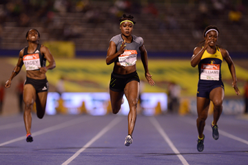 Elaine Thompson on her way to winning the 100m at the Jamaican Championships (AFP / Getty Images)
