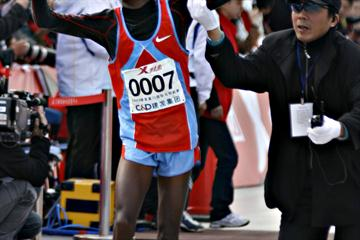 Samuel Muturi after his victory in Xiamen (Sasa Kralj)