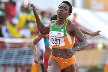 Murielle Ahoure wins the 100m at the African Championships (Roger Sedres)