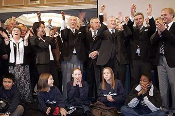Members of the Berlin 2009 bid delegation applaud the announcement that their city has won the right to host the 2009 IAAF World Championships in Athletics (Hannu Jukola)