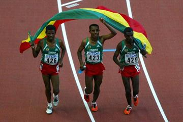 Gebrselassie, Bekele and Sileshi Sihine celebrate sweeping the men's 10,000m final (Getty Images)