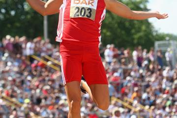 Sebastian Bayer sails 8.49m in Ulm (Getty Images)