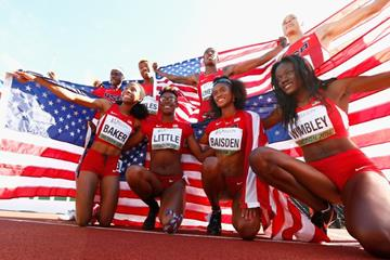 The victorious US 4x400m teams at the IAAF World Junior Championships, Oregon 2014 (Getty Images)
