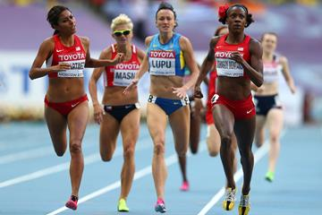 Alysia Montano and Brenda Martinez in the womens 800m semi-finals at the IAAF World Athletics Championships Moscow 2013 (Getty Images)