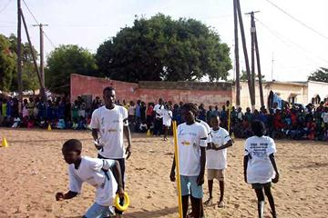 Kids' Athletics in Pikine (IAAF.org)