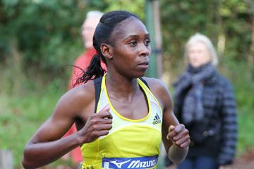 Kenya's Sarah Chepchirchir on her way to winning the Paris 20km (Organisers)
