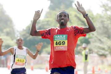 Gudisa Shentema, winner of the 2013 Haile Gebrselassie Marathon (Jiro Mochizuki)