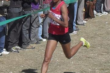 Meselech Melkamu striding towards victory at the Ethiopian World XC trials in Addis Ababa (Bizuayehu Wagaw)