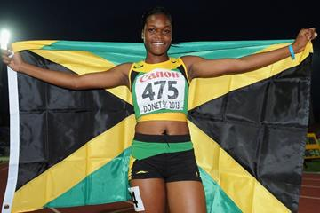 Yanique Thompson in the girls' 100m Hurdles Final at the IAAF World Youth Championships 2013 (Getty Images)