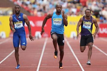 Gay and Powell racing over 100m in Gateshead at the Aviva British GP - Samsung Diamond League (Getty Images)