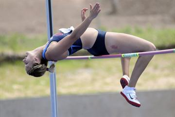 American Emily Pearson in the women's High Jump - NACAC Combined Events 2011 (Bryan Cummings photos)
