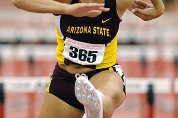 Jacquelyn Johnson en route to her 4496 point tally in Fayetteville (Kirby Lee)