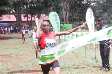 Pauline Njeri takes another win in the Kenyan Cross Country series (Stanley Wangawa / Ginadin Communication)