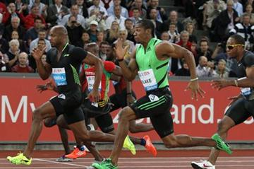 Yohan Blake powers past Powell in Zurich 100m (Jean-Pierre Durand)