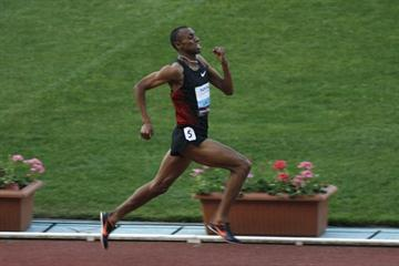 Amine Laalou en route to a big 1000m win at home in Rabat (Bob Ramsak)
