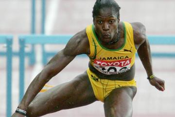 Delloreen Ennis-London of Jamaica qualifies for the final of the 100m Hurdles (Getty Images)