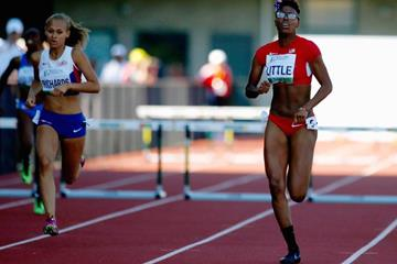 Shamier Little wins the 400m hurdles from Shona Richards at the IAAF World Junior Championships, Oregon 2014 (Getty Images)