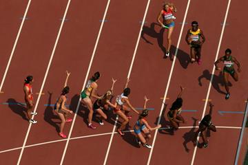 The changeover in the women's 4x400m heats at the IAAF World Championships, Beijing 2015 (Getty Images)