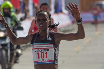 Violah Jepchumba winning at the 2016 Istanbul Half Marathon (Bob Ramsak / organisers)