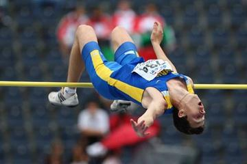 Bogdan Bondarenko of Ukraine on his way to winning gold in the high jump Final (Getty Images)