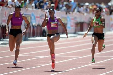 Carmelita Jeter dashes 10.99 at Mt. SAC (Kirby Lee)
