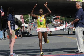 Emily Chebet wins the the 2013 Freihofer's Run for Women 5K (Steve Jacobs - organisers)